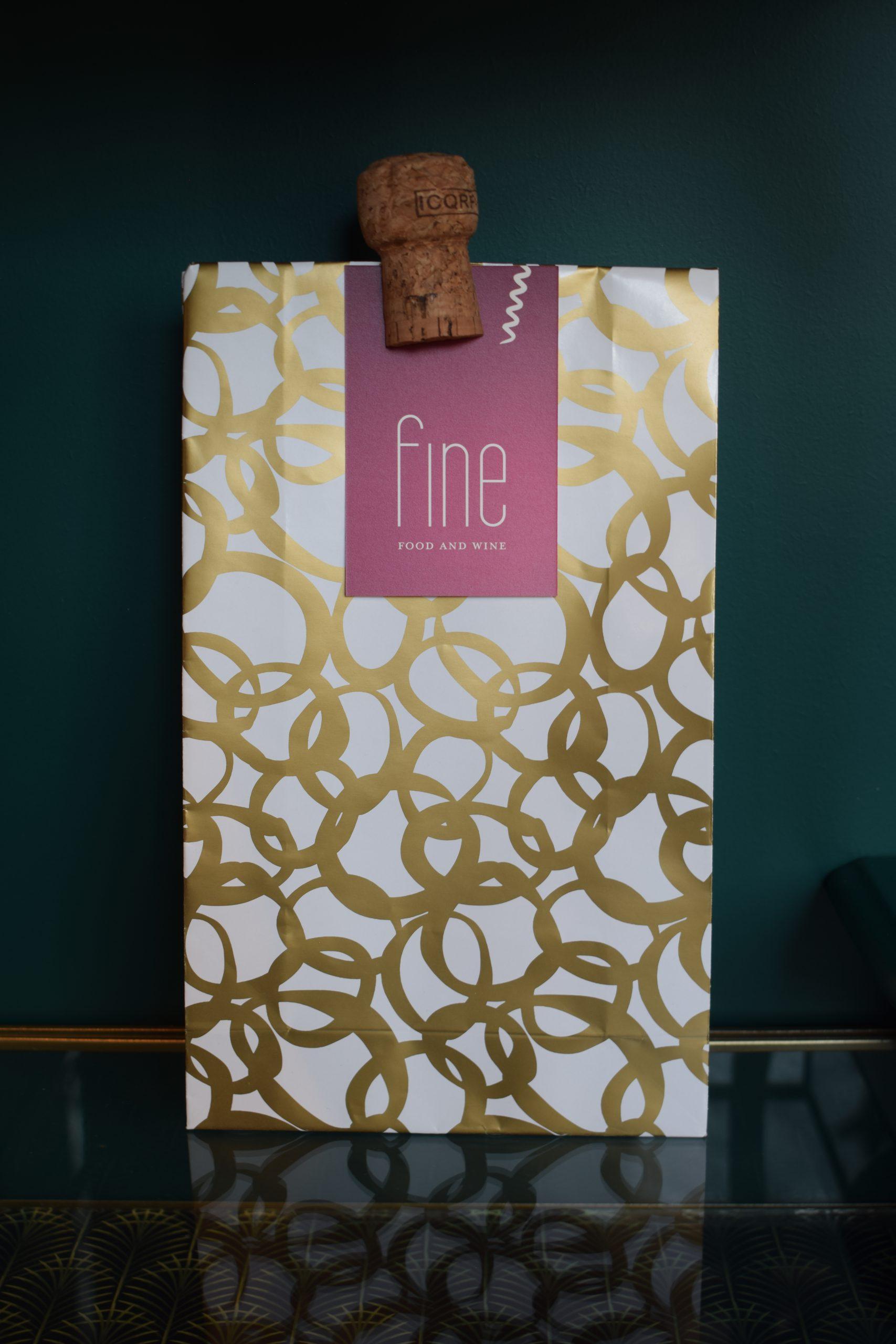 Dinerbon in paper bag